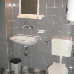 Отель Guest House Slavi Свети Влас ванная