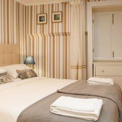 Отель Flores Guest House 4* Полулюкс с различными типами кроватей