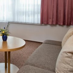Отель Days Inn Dresden Германия, Дрезден - 2 отзыва об отеле, цены и фото номеров - забронировать отель Days Inn Dresden онлайн комната для гостей фото 5
