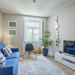 Апартаменты Chiado Square - Lisbon Best Apartments Лиссабон комната для гостей фото 5
