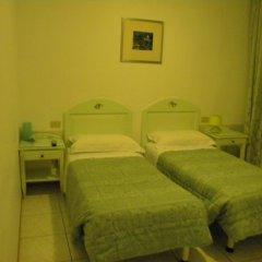 Adua Hotel 2* Стандартный номер с 2 отдельными кроватями