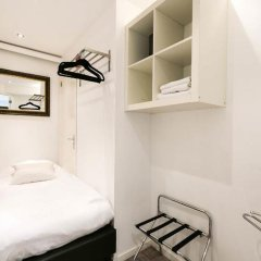 Отель Chariot Amsterdam Apartment Нидерланды, Амстердам - отзывы, цены и фото номеров - забронировать отель Chariot Amsterdam Apartment онлайн сейф в номере