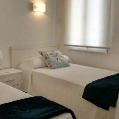 Отель Villa Dora Испания, Кала-эн-Бланес - отзывы, цены и фото номеров - забронировать отель Villa Dora онлайн комната для гостей фото 2