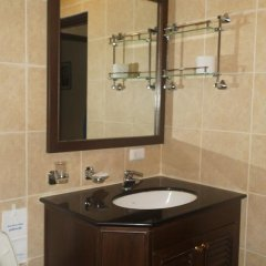 Отель Queen Victoria Inn. ванная