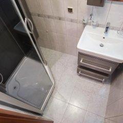 Отель Spb2Day Bolshaya Konyushennaya 3 Санкт-Петербург ванная
