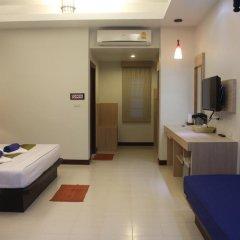 Отель Golden Bay Cottage 3* Бунгало Делюкс с различными типами кроватей фото 24