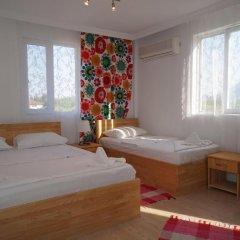 Отель Cirali Flora Pension 3* Стандартный номер с двуспальной кроватью (общая ванная комната) фото 5