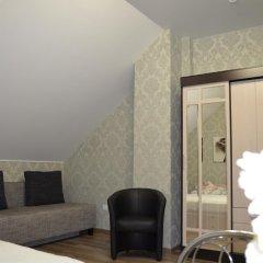 Гостиница La Belle Restoranno-Gostinichny Complex комната для гостей фото 15