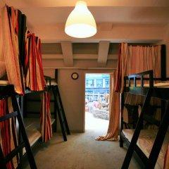 Wheat Youth Hostel Кровать в общем номере с двухъярусной кроватью