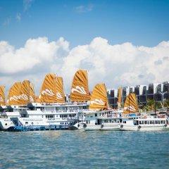 Отель Tuan Chau Marina Hotel Вьетнам, Халонг - отзывы, цены и фото номеров - забронировать отель Tuan Chau Marina Hotel онлайн приотельная территория фото 2
