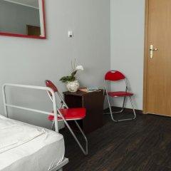 Hostel - Kartuska комната для гостей фото 5