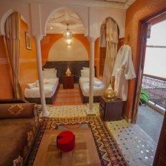Отель Dar Ikalimo Marrakech 3* Улучшенный номер с различными типами кроватей фото 17