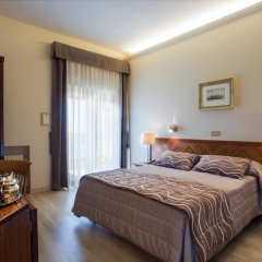 Hotel Cacciani 3* Стандартный номер с двуспальной кроватью фото 6