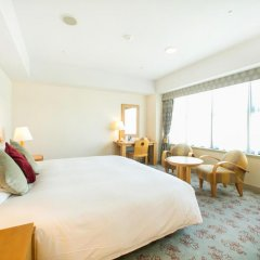 Отель Hyatt Regency Fukuoka 4* Люкс
