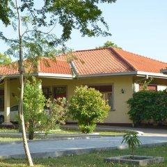 Отель Lake View Bungalow Yala 3* Шале с различными типами кроватей