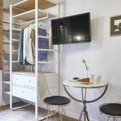 Отель AinB Gothic-Jaume I Apartments Испания, Барселона - 3 отзыва об отеле, цены и фото номеров - забронировать отель AinB Gothic-Jaume I Apartments онлайн удобства в номере фото 2