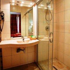 Отель Hôtel Terminus Montparnasse ванная фото 2