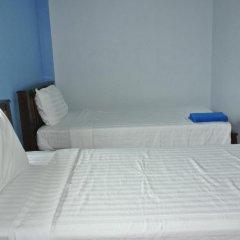 Отель Jomthong Guesthouse 2* Стандартный номер с 2 отдельными кроватями фото 6