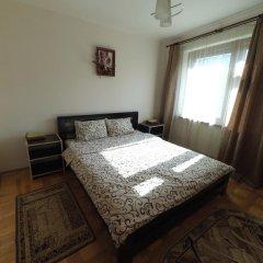 Хостел StareMisto Стандартный номер двуспальная кровать (общая ванная комната) фото 2