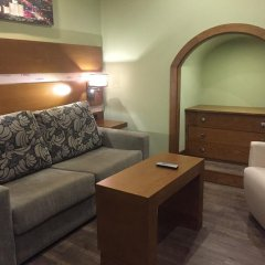 Отель Hostal Ferreira Испания, Кониль-де-ла-Фронтера - отзывы, цены и фото номеров - забронировать отель Hostal Ferreira онлайн комната для гостей