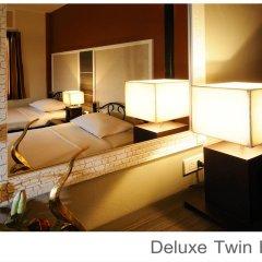 Отель Rambuttri Village Inn & Plaza 3* Номер категории Премиум с различными типами кроватей фото 7