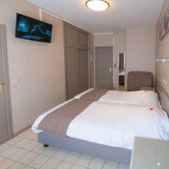 Hotel de Golf 2* Стандартный номер с 2 отдельными кроватями фото 7