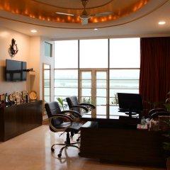 Отель River view Индия, Нью-Дели - отзывы, цены и фото номеров - забронировать отель River view онлайн интерьер отеля фото 3