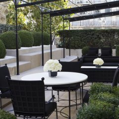 Отель Four Seasons George V Париж фото 3