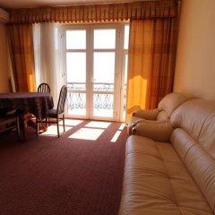 Гостиница Бриз 3* Стандартный семейный номер с двуспальной кроватью фото 5
