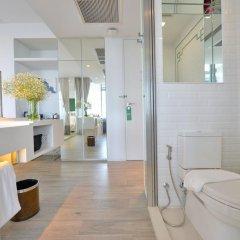 Отель Riva Arun Bangkok 4* Улучшенный номер с различными типами кроватей фото 3