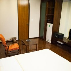 Отель Baan Silom Soi 3 2* Улучшенный номер с разными типами кроватей фото 43
