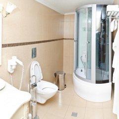 Гостиница Edelweiss Hotel в Новосибирске 1 отзыв об отеле, цены и фото номеров - забронировать гостиницу Edelweiss Hotel онлайн Новосибирск ванная фото 2