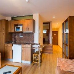 Отель Astuy Apartamentos Арнуэро в номере