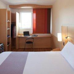 Отель ibis Barcelona Aeropuerto Viladecans 3* Стандартный семейный номер с двуспальной кроватью фото 4