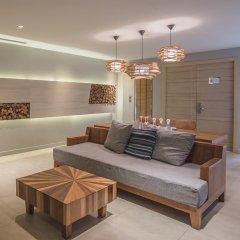 Отель Kalima Resort & Spa, Phuket 5* Номер Делюкс с двуспальной кроватью фото 19