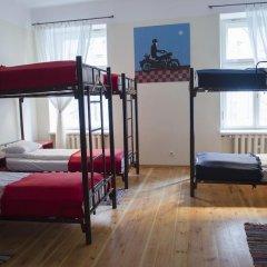 Отель Red Nose - Hostel Латвия, Рига - 9 отзывов об отеле, цены и фото номеров - забронировать отель Red Nose - Hostel онлайн комната для гостей фото 5