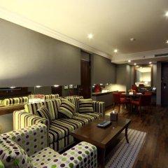 Отель Crowne Plaza Riyadh Minhal Саудовская Аравия, Эр-Рияд - отзывы, цены и фото номеров - забронировать отель Crowne Plaza Riyadh Minhal онлайн питание фото 2
