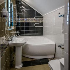 Гостиница «Шертон» 3* Номер Бизнес разные типы кроватей фото 7