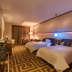 Отель Rosh Rayhaan by Rotana 5* Номер категории Премиум с 2 отдельными кроватями фото 3