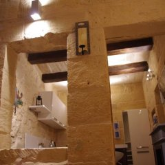 Отель Magnificent House of Character Мальта, Гранд-Харбор - отзывы, цены и фото номеров - забронировать отель Magnificent House of Character онлайн ванная фото 2