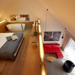 B2 Boutique Hotel + Spa 4* Улучшенный номер с различными типами кроватей фото 4