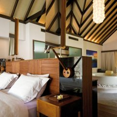 Отель Coco Bodu Hithi 5* Вилла разные типы кроватей фото 14