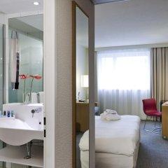 Отель Novotel Zurich City West 4* Стандартный номер с различными типами кроватей фото 6