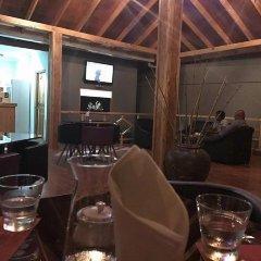 Отель Charming Holiday Lodge Мальдивы, Хулхудху (Атолл Адду) - отзывы, цены и фото номеров - забронировать отель Charming Holiday Lodge онлайн Хулхудху (Атолл Адду) гостиничный бар
