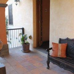 Отель Antiguo Roble Гондурас, Грасьяс - отзывы, цены и фото номеров - забронировать отель Antiguo Roble онлайн балкон