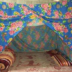 Отель Hoa Chanh Homestay Кровать в общем номере фото 3