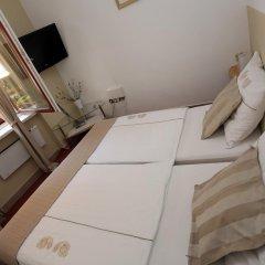 Апартаменты Rooms & Apartments Henrik комната для гостей фото 3
