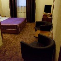 Гостиница Дюма Стандартный семейный номер с двуспальной кроватью фото 2