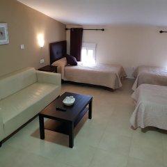 Отель Hostal Málaga Стандартный номер с двуспальной кроватью фото 8