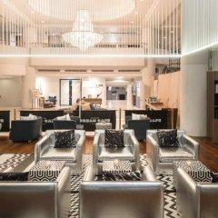 A-One The Royal Cruise Hotel Pattaya развлечения